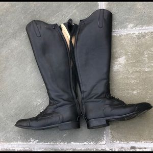 Beval's Field Boots size 8